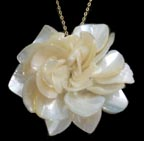 Gwen Davis Gardenia Necklace