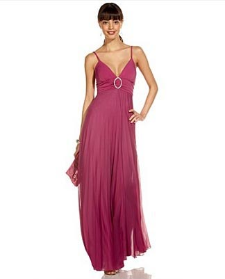 Speechless Pleated O-Ring Gown