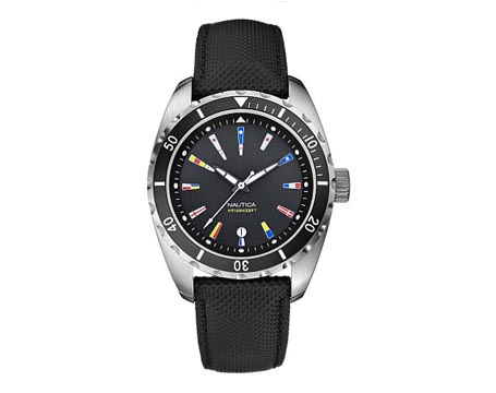 black-signal-flag-watch_011009