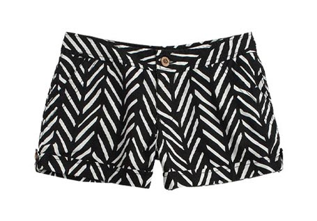 fishbone-patterned-shorts_062109