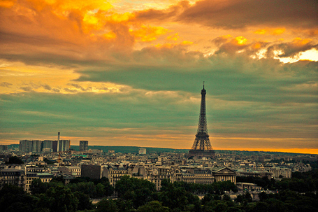 paris-sunset_010810