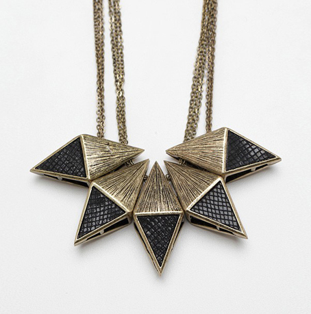 diamond-block-necklace2_040912